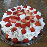 Torta de morango com chantilly