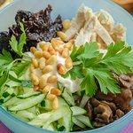 салат с черносливом (безумно вкусный)