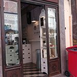 Photo of Cannoli & Co