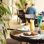 Foto de Nya Restaurant at Villa Buena Onda