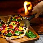 Puukiviuunissa valmistetut pizzat