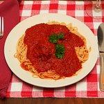Foto de Tony's Pizza & Italian Restaurant