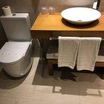 Habitación y baño perfectos!