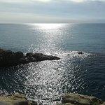 Widok ze skały w kierunku morza