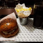 Mushrooms burger and house's fries