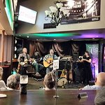 Another entertaining Thurday night with a great Irish band at O'Malley's June 2018