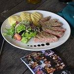 Filetto di Tonno - tuna steak, mixed salad, mashed potato