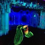 Schwarzlichtfabrik 3D Minigolf Foto
