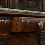 Real Wood Bar, Floors