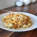 Sitne nudle fengan (Noodles fengan)