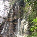Cachoeira do Recanto Verde. Nasci e desaparece entre as pedras formando um rio subterrâneo.