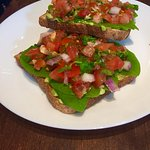Avocado toast (suitable for vegans)