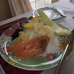 Breakfast - Smoked salmon & fruit