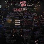 Milk Bar East Village resmi
