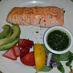 Salmon with Avocado, Pesto and Fruit