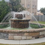 Bauer and Wiles Memorial Fountain