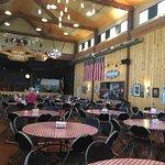 Foto di Ebenezer's Barn & Grill