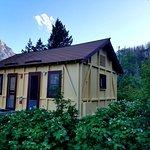Rising Sun Motor Inn and Cabins