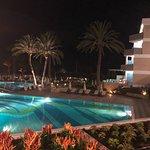 Foto de Constantinou Bros Asimina Suites Hotel