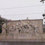 Foto de Statue of Lajos Kossuth