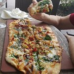 Foto de Naples Flatbread Kitchen & Bar