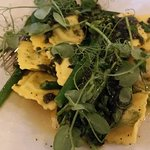 The pea and shallot ravioli