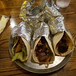 Black Sheep Burrito & Brews resmi