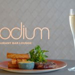 Foto de Podium Restaurant Bar & Lounge