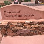 Museum of International Folk Art resmi
