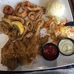 Bild från Salty's Island Bar & Grille