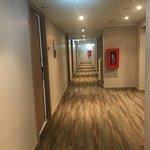 Oakwood Hotel JourneyHub Phuket Foto