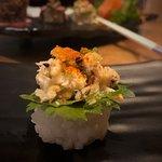 Dirversidade em gastronomia, na sequência : Sushi de Caranguejo, Filet, Gin, Sushis, Robalo, Fla