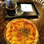 Pizza set with white tea