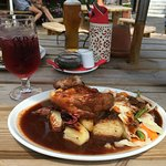Ye Olde Chequers Inn Restaurant Photo