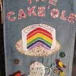 Cake'Ole on the front door