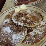 Foto de Log Cabin Pancake House