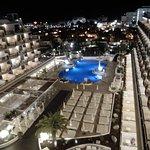 vista della piscina dal roof