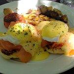Scotch Eggs Benedict