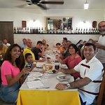 Photo de Yellow Cab TT Tours