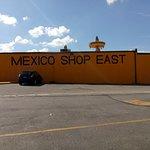 South of the Borderの写真
