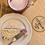 Raw vegan blueberry cheesecake & beetroot latte :)