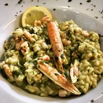 Risotto with asparugus and scampi