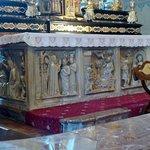 Altare maggiore proveniente dalla Certosa di Pavia