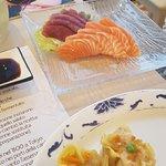 sashimi e ravioli di gamberi