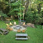 Fire pit with nightly bonfire and Smores!