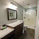 Riverfront room 105 bathroom