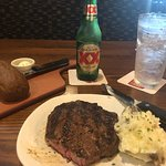 Medium rare 10 oz ribeye, mashed potatoes, complimentary bread and beverages, 6-30-18