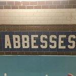 Φωτογραφία: Place des Abbesses