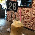 Momos cafe and bistro照片