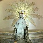 奇跡のメダル教会の写真